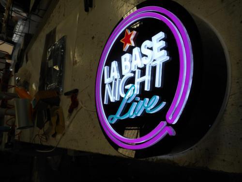la base night